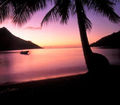 Opunohu Bay Sunset Moorea - Tahiti