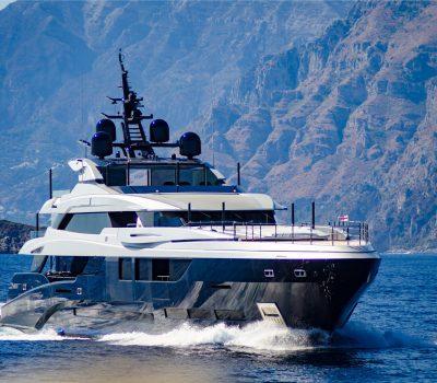 super yacht underway in Italy